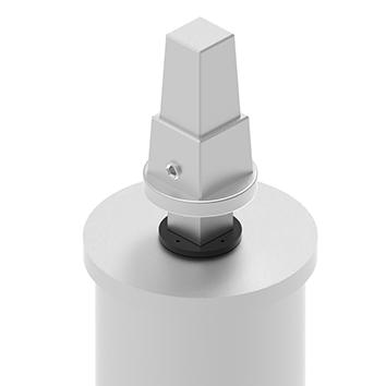 Flursäule zentral, geschlossen - Variante 1: mit Vierkantschoner